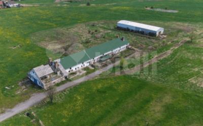 Prodej, zemědělské usedlosti 1943 m2, pozemek 8133 m2, Kravaře, okres Česká Lípa